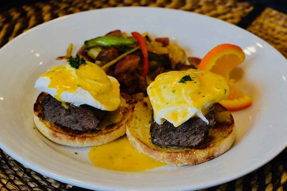 Where to Brunch on El Paseo